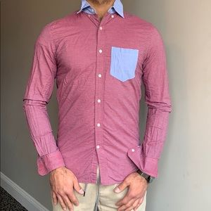Men's American Eagle red and blue stripe Oxford